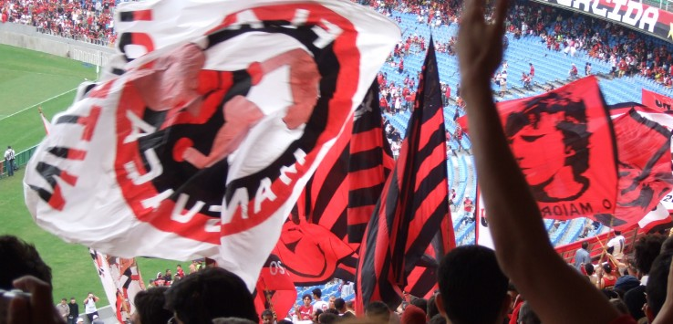 Flamengo supporters warming up with their flags