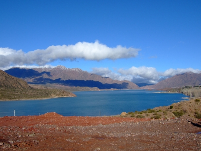 No, not the South Island of NZ, but a lake outside of Mendoza!