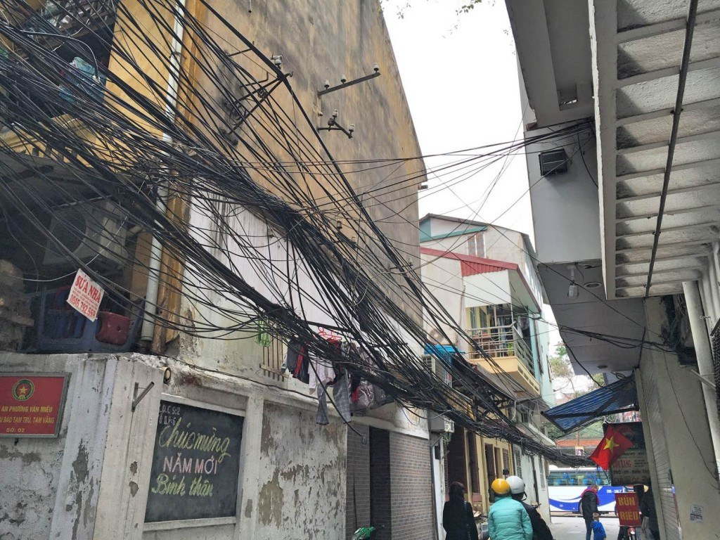 Powerlines Hanoi