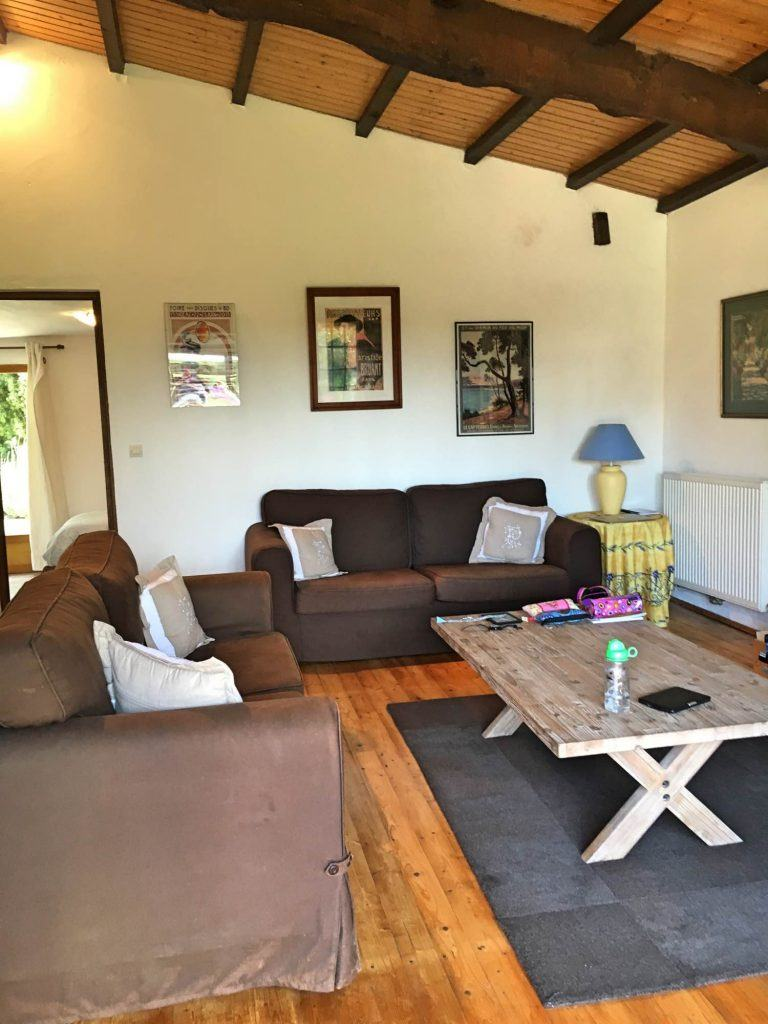 The living room in Le Pigeonnier