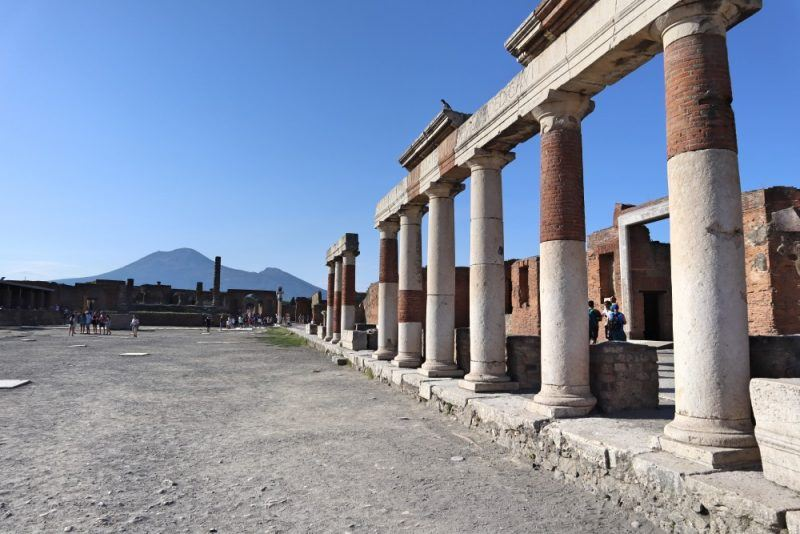 MSC tours to Pompeii