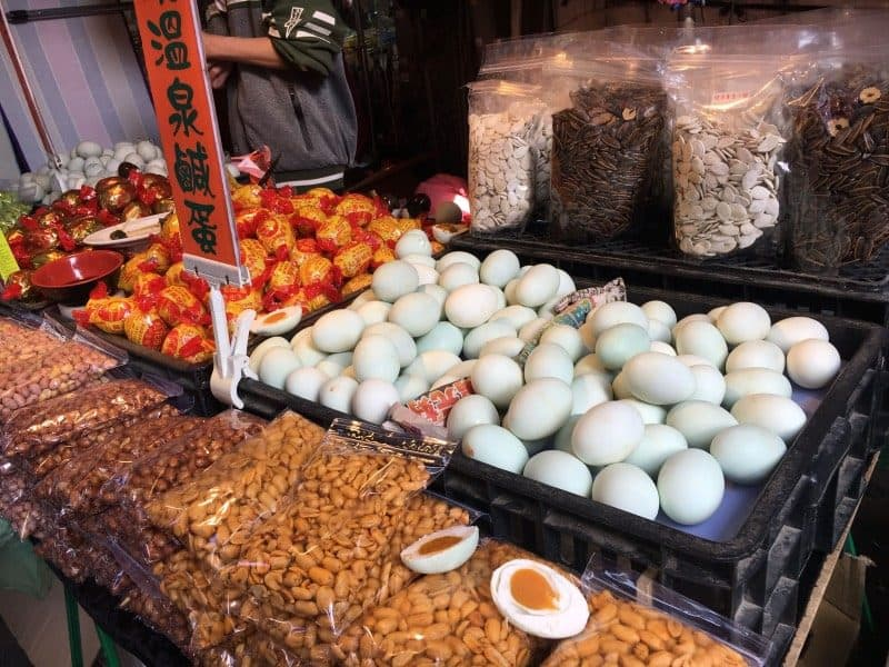 Yongkang Street is the top Taipei local market in our opinion!